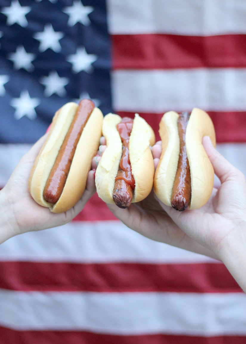 The Kissing Booth Blog - 4th ofJuly hot dogs