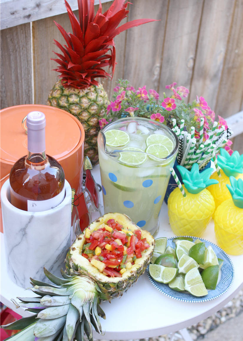 Pineapple Summer theme party - party decor